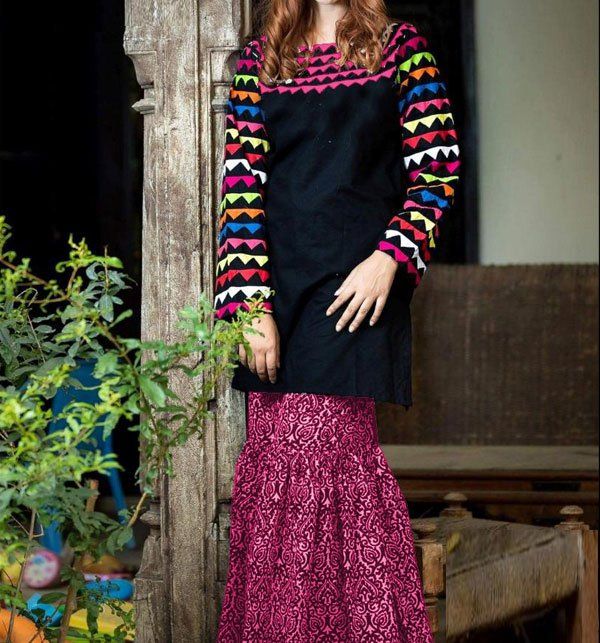 2-Pcs Embroidered Lawn with Embroidered Trouser (DRL-386) (Unstitched) Price in Pakistan