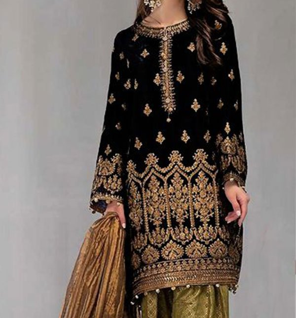Black Embroidered Velvet Suit With Brosha Net Dupatta UnStitched (CHI-293) Price in Pakistan