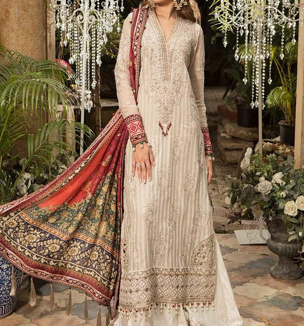 Embroidered Lawn Suit With Chiffon Dupatta (DRL-400) (Unstitched) Price in Pakistan