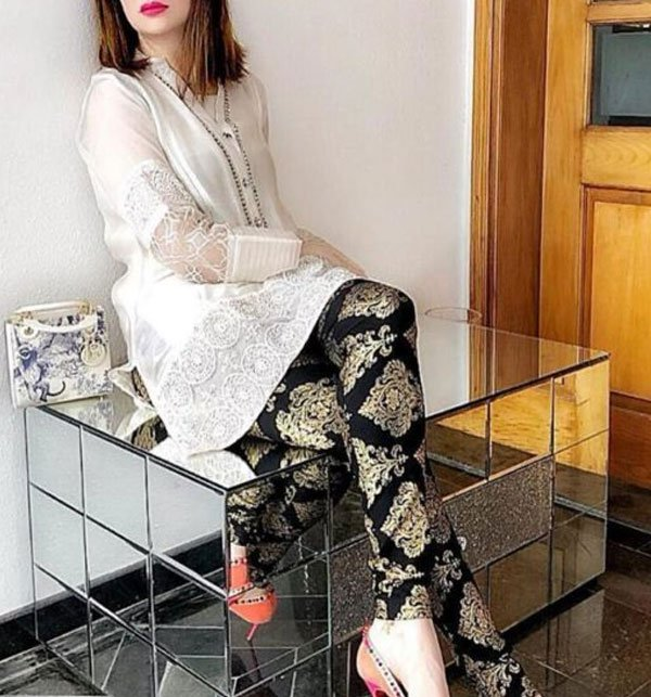 FULL Embroidered Linen 2 Pec Dress Suit Embroidered Shirt & Trouser (LN-85) (Unstitched) Price in Pakistan
