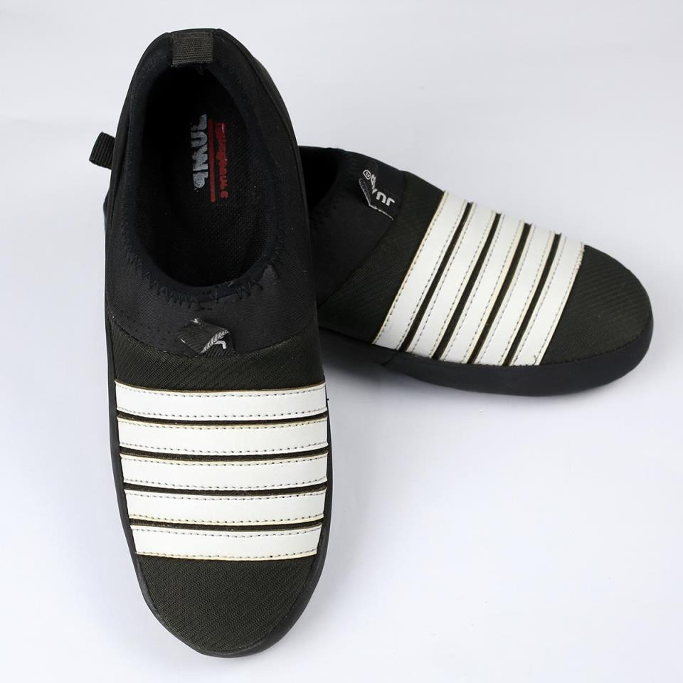Black & White  Mens Fashion Casual Shoes (Size 7 to 10) (41 to 44)  (MS-11)